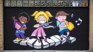 Graffitis de fútbol - Trabajo de decoración con mural para escuela de baile