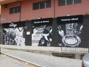 Rotulación a mano - Mural para escuela de música Combo
