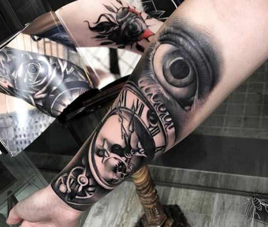 Tatuaje reloj antiguo y ojo