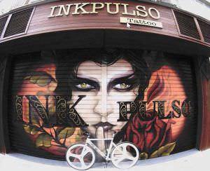 Grafiteros de Valencia - Inkpulso – Persiana del Estudio de Tatuaje