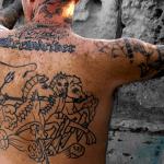 tatuaje en la espalda de zeus