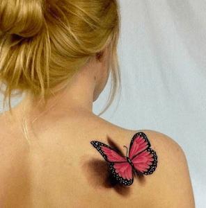 tatto de mariposa 3d en la espalda
