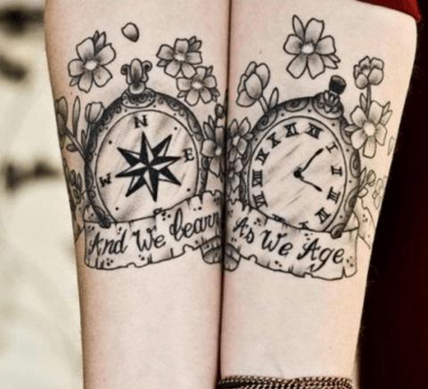 Tatuajes De Relojes De Arena Antiguos Y Bolsillo Fotos Precios