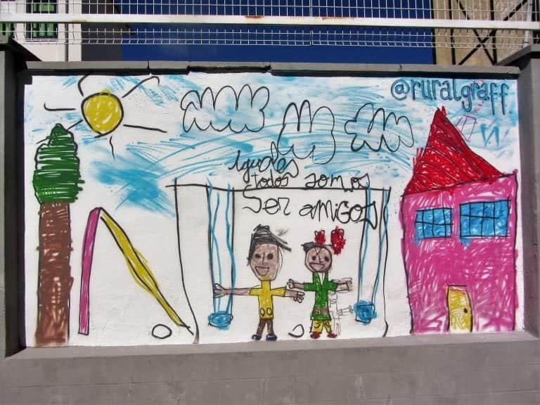 Graffiti mural dibujo infantil