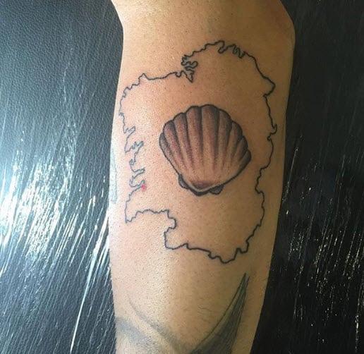 Tatuaje Mapa Galicia Concha Compostelana