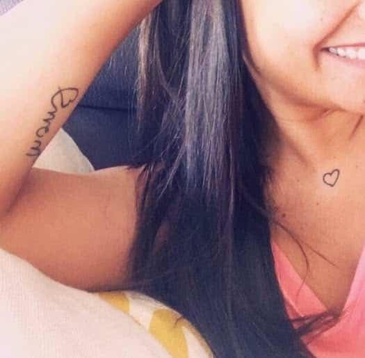 Tattoo corazón minimalista