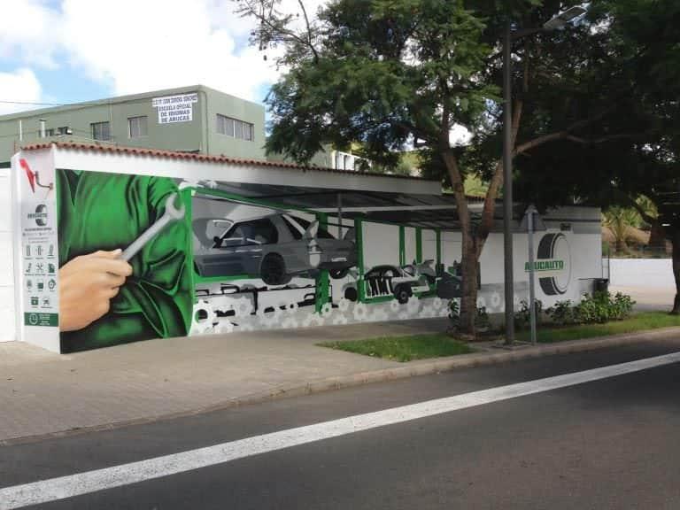 Decoración con mural para Taller Mecánico