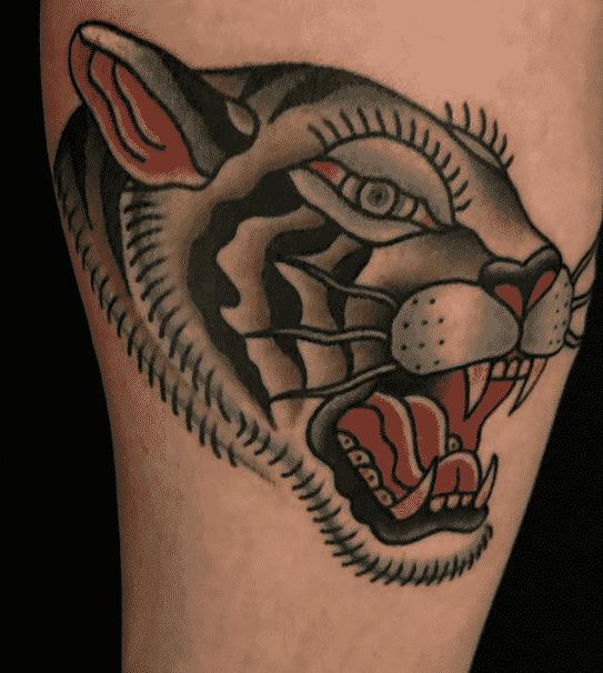 Tatuaje tradicional