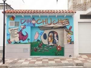 Graffiti comercial en Ibiza - Tienda de chucherías Dinochuches
