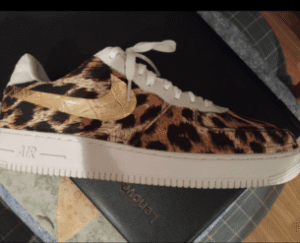 Custom Sneakers - Nike leopard