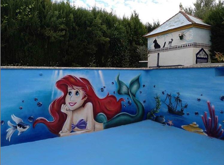 Mural piscina con la sirenita