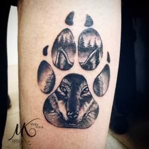 Tatuajes de lobos - Tatuaje: Huella de lobo