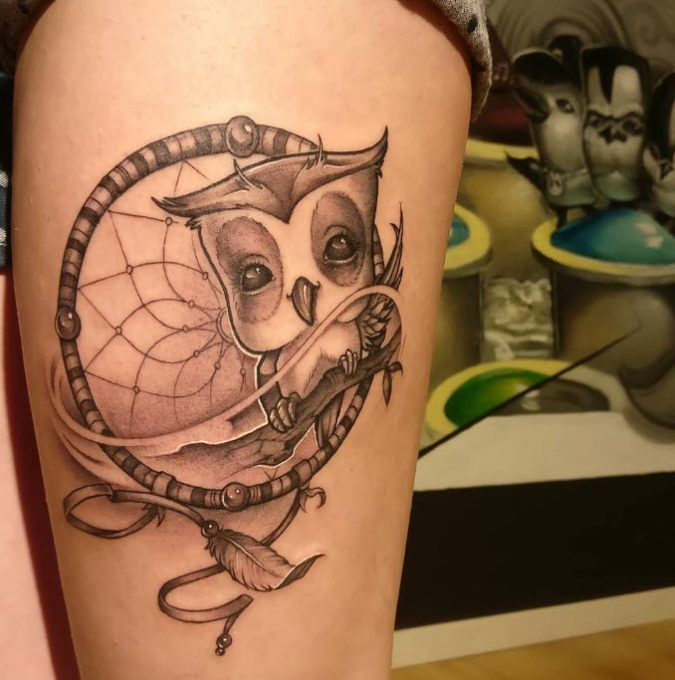 Tatuaje de Buho con atrapasueños