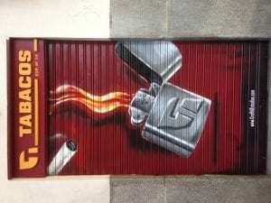 Graffiti comercial en Barcelona - On fire