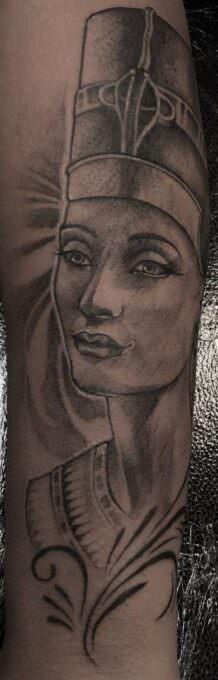 Tatuaje faraona egipcio