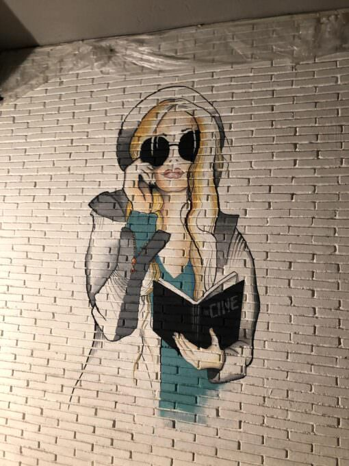 Mural decorativo a mano