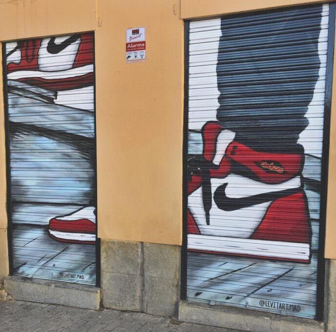 Graffiti decorativo persiana de zapatillas Jordan