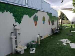 Graffiti comercial en Salamanca - Fachada decorativa para jardín