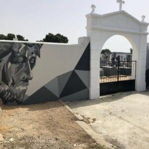 Graffiti comercial en Valladolid - Decoración mural para la fachada de un cementerio