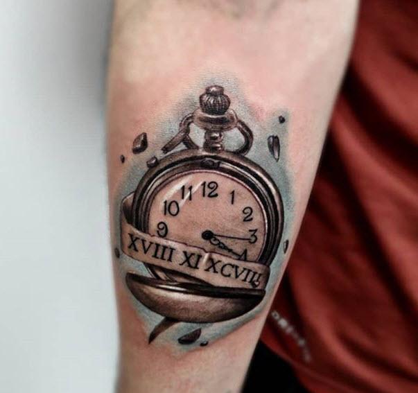 Tatuaje reloj de bolsillo