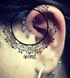 Estudios de Tatuajes en Salamanca - Piercing anthihelix