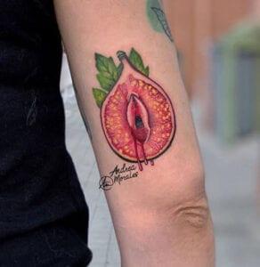 Estudios de Tatuajes en Granada - Tatuaje Frutoños