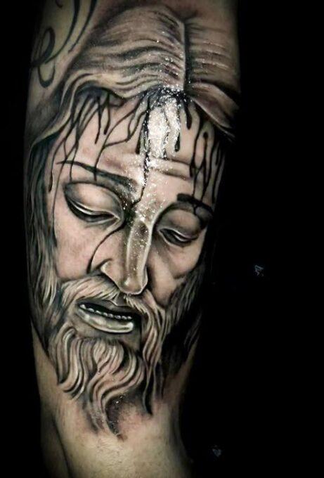 Tatuaje cara de Cristo