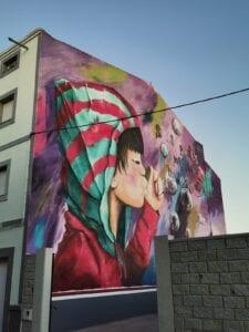 Graffiti comercial en Sevilla - Mural de grandes dimensiones