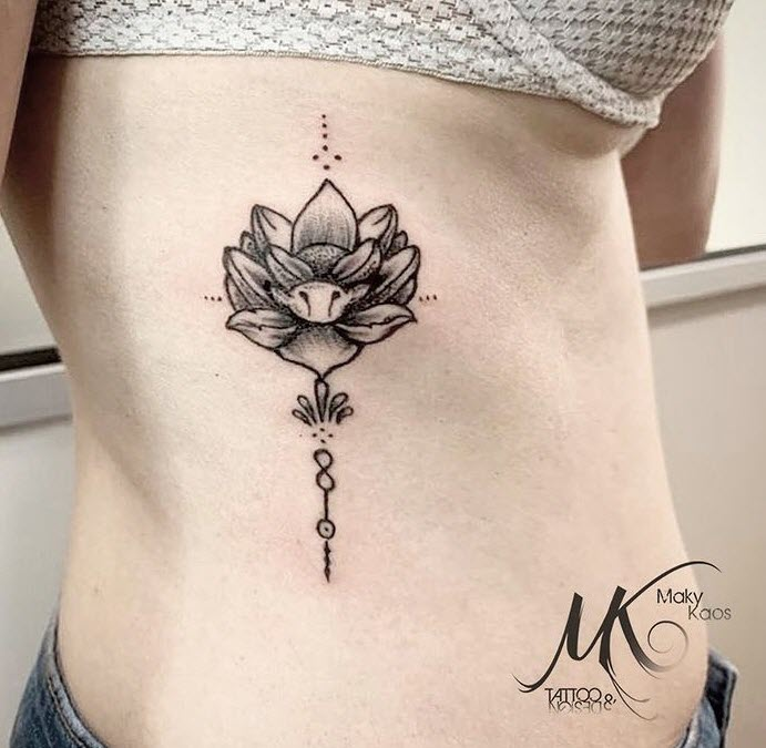 Flor de loto tattoo