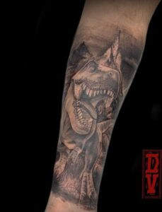 Tatuajes en el brazo - Tatuaje dinosaurio t rex