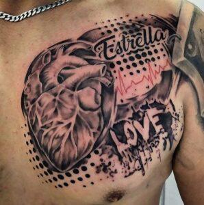 Tattoos línea de la vida - Tatuaje en el pectoral corazón y linea de la vida