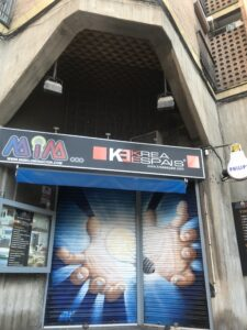 Graffiti mural - MIM y Krea espais