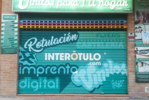 Graffiti profesional - Persiana InteRótulo