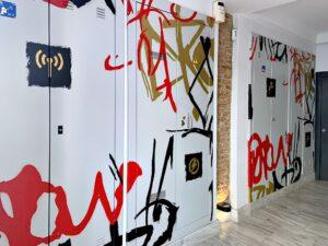 Graffiti comercial en Almeria - Hotel Graffiti Suite Málaga